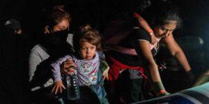 El gobierno de Biden no puede encontrar a los padres de 337 niños separados en la frontera con México por la administración Trump