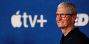 Los empleados de Apple temen que los gobiernos represivos aprovechen la función de iPhone que busca imágenes de abuso sexual infantil, según un informe