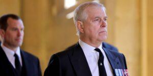 """El príncipe Andrés de Gran Bretaña es """"una persona de interés"""" en la investigación de Jeffrey Epstein"""