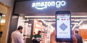 Amazon acaba de destronar a Walmart en nivel de ventas —el gigante tecnológico ya no se puede esconder detrás del tamaño de la cadena de supermercados