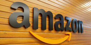 Cientos de empleados de Amazon se unen a un canal interno de Slack para criticar el sistema de revisión del desempeño de la compañía —consideran que es ambiguo