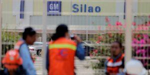 Los trabajadores de General Motors ponen a prueba el TMEC con la votación para suprimir su contrato laboral anterior