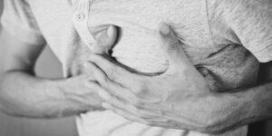 Cómo diferenciar un paro cardiaco y un ataque cardiaco