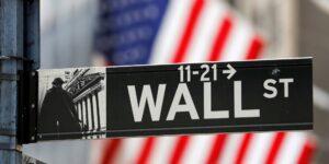 El regreso de Wall Street a la oficina divide a los banqueros, el talento senior y los nuevos empleados