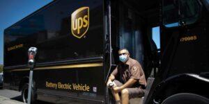 UPS y la Secretaría de Economía firman convenio por los artesanos emprendedores