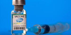 Las farmacéuticas aprovechan el negocio de las vacunas contra el Covid-19 —estos son 6 datos que anticipan sus ganancias
