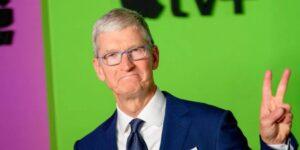 A 10 años de que Tim Cook tomara las riendas de Apple, así es como su liderazgo ha cambiado al mundo