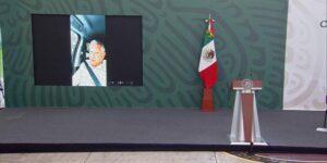 La Sección 7 de la CNTE bloquea el paso a AMLO a conferencia mañanera