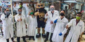 Investigadores de la UNAM crean cubrebocas capaz de eliminar al virus causante del Covid-19