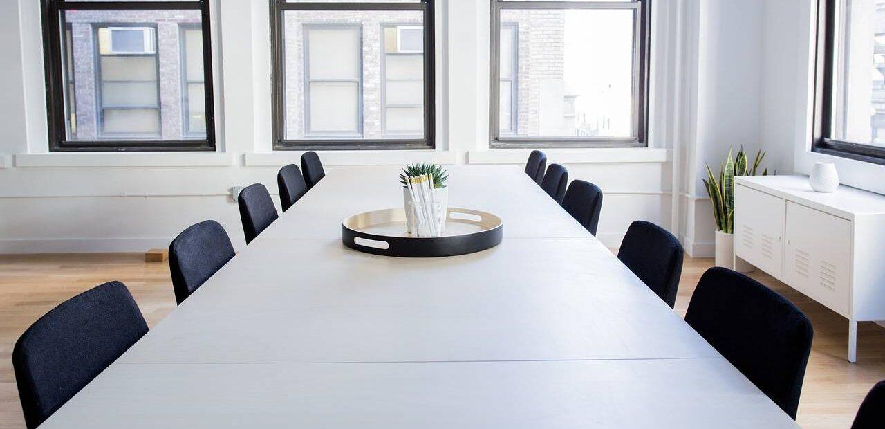 regreso trabajo oficina | Business Insider México