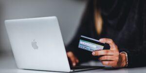 Ecomsur busca a todas las pequeñas empresas que aún no se suben a la transformación digital para convertirlas en sitios de e-commerce