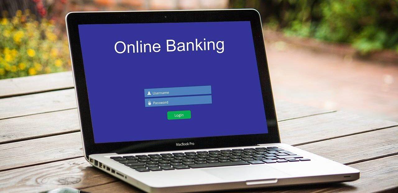 bancos en línea   Business Insider México