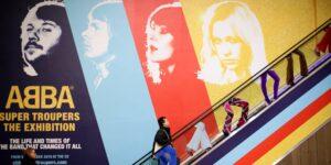 ABBA, la exitosa banda sueca de la década de 1970, regresa por primera vez en casi 40 años