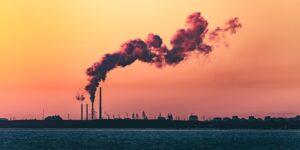 La contaminación del aire mata más gente que fumar y los choques automovilísticos, según estudio