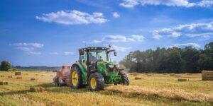 Carbon Robotics creó un robot agrícola que aniquila 100,000 malas hierbas por hora con láseres de precisión