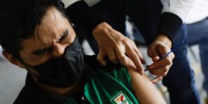 Ahora podrás descargar tu certificado de vacunación por Whatsapp
