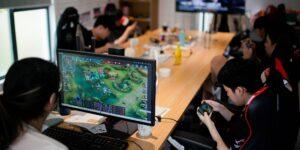 Las restricciones a menores de edad en el uso de videojuegos amenaza el estatus de China como potencia de eSports