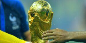 El presidente de la UEFA amenaza con boicotear el Mundial si la FIFA pone en práctica jugarlo cada 2 años