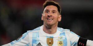 Lionel Messi supera a Pelé y se convierte en el máximo goleador de selecciones sudamericanas