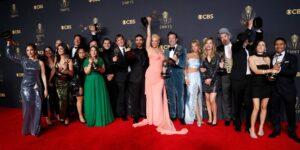 Los 12 premios principales de actuación en los Emmy 2021 fueron para actores blancos
