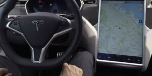 La función Autopilot de Tesla no funciona bien bajo condiciones de visibilidad limitada —ya han habido accidentes