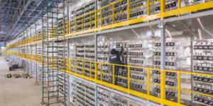 La minería de bitcoin contribuirá con solo 0.9% de las emisiones contaminantes globales para 2030, según la firma NYDIG