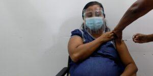 Las personas embarazadas transmiten anticuerpos contra el Covid-19 a sus bebés, sugiere un estudio