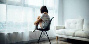 Los traumas infantiles afectan tu salud mental a largo plazo —pueden provocar dependencia e inseguridad en tu relaciones, reveló un estudio