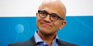 El CEO de Microsoft, Satya Nadella, dice que su «momento de fracaso» con Bill Gates cambió por completo su estilo de liderazgo