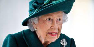 La reina Isabel II aparece en Pandora Papers —al parecer compró una propiedad de 91 mdd a la familia del presidente de Azerbaiyán, acusada de corrupción
