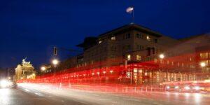 La policía de Berlín investiga casos del «Síndrome de La Habana» en la embajada de Estados Unidos desde agosto