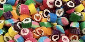 Cómo el dueño de una tienda de dulces familiar usó TikTok para potenciar su popularidad y salvar el negocio en dificultades
