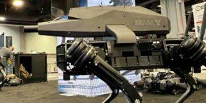 Ghost Robotics presenta un robot militar de cuatro patas equipado con un rifle de francotirador