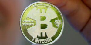Lanzamientos de bitcoin basados en futuros ponen de manifiesto algunos obstáculos para los nuevos ETF