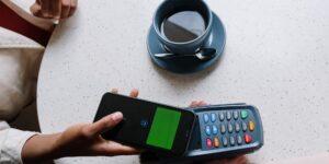 45% de consumidores mundiales hacen pagos digitales, revela informe