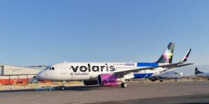 Volaris comienza operaciones desde Estados Unidos a El Salvador y aceptará bitcoins como forma de pago