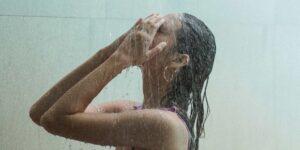 Cómo un chorro de agua fría de 30 segundos al final de una ducha puede aumentar la inmunidad