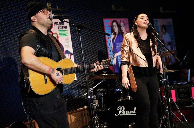17 Memphis Use Crossover Pop/Country Sound to Win Over Fans at the Billboard Lounge