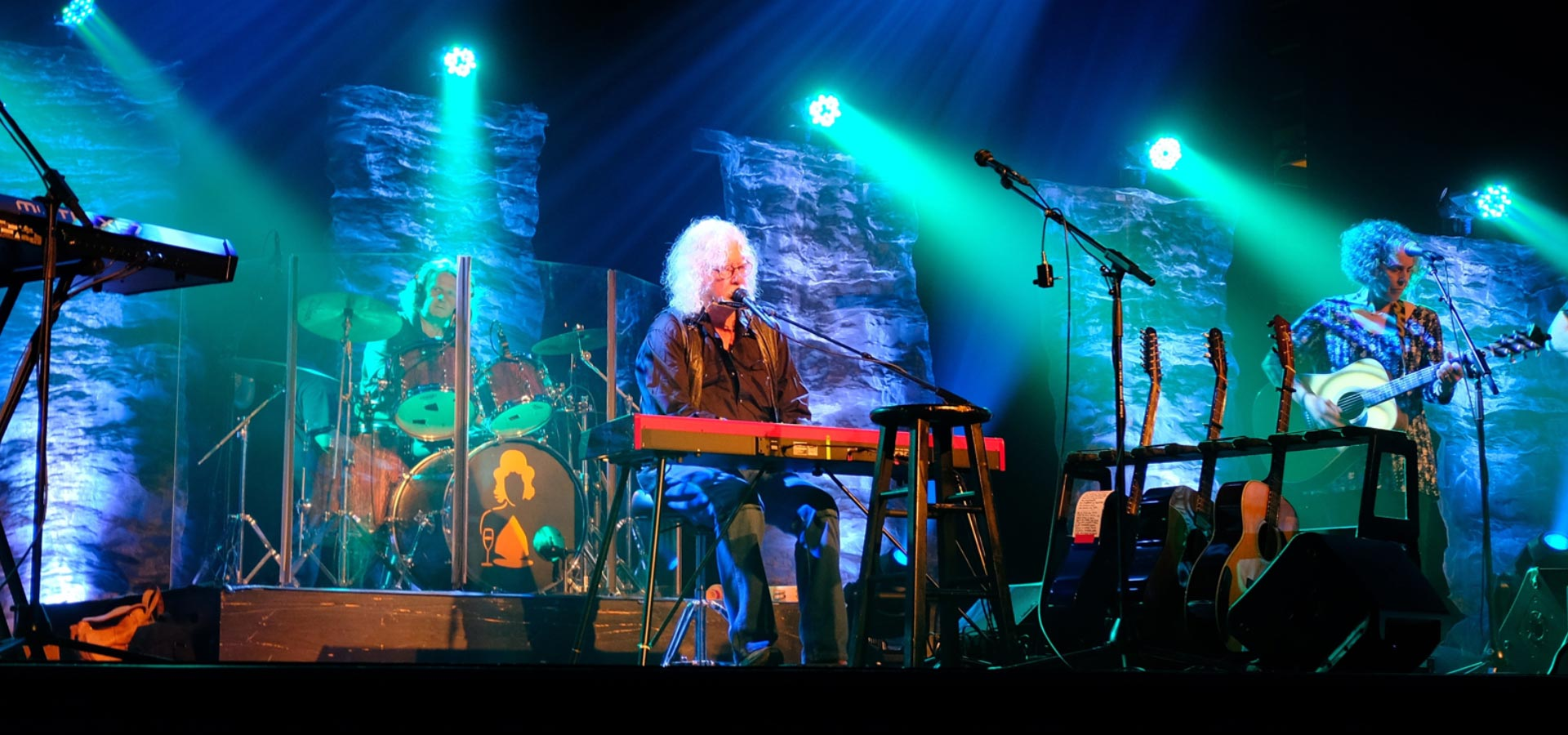 Official Arlo Guthrie Website