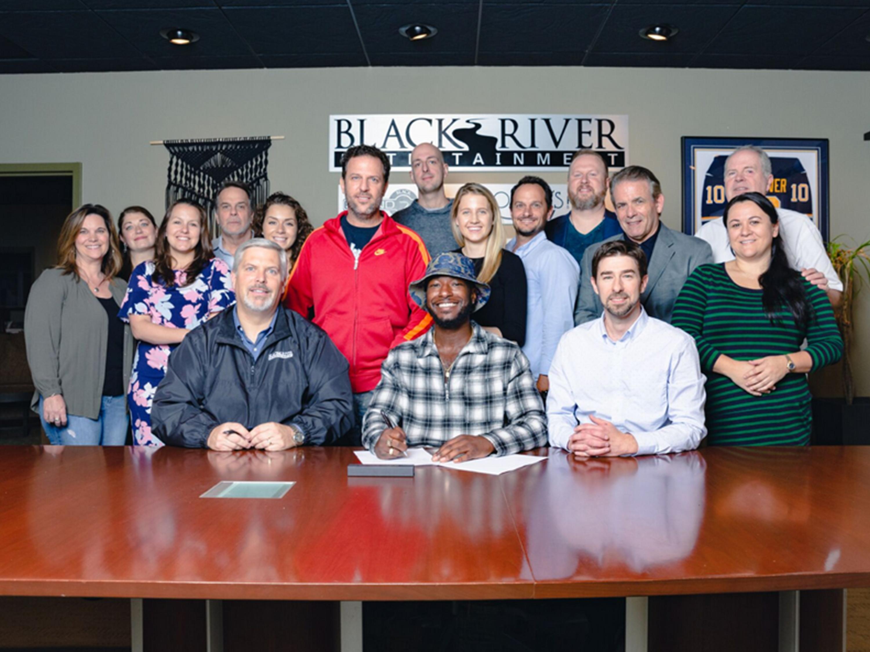 BLACK RIVER ENTERTAINMENT SIGNS WILLIE JONES