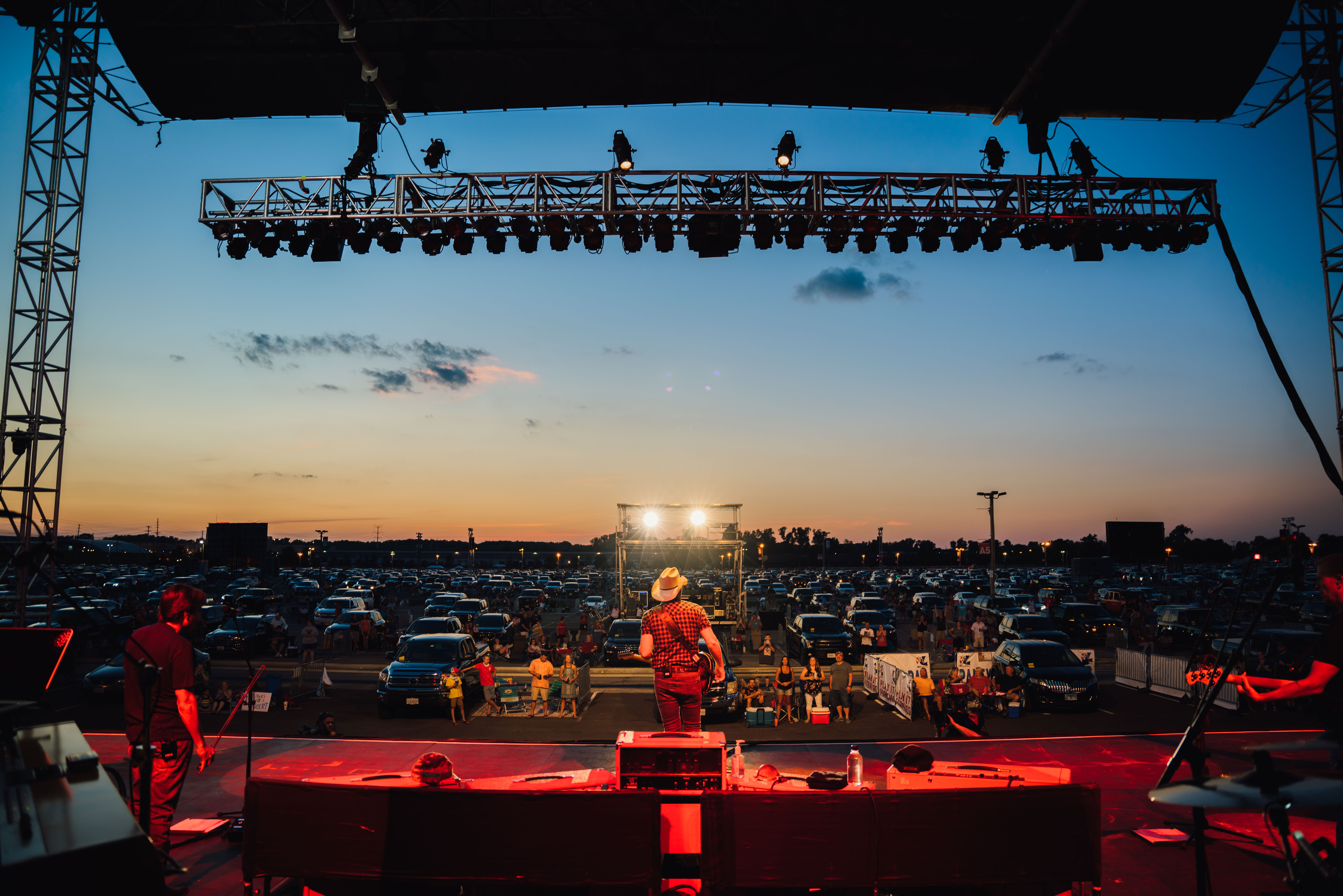 BRAD PAISLEY SELLS OUT  LIVE FROM THE DRIVE-IN SHOWS