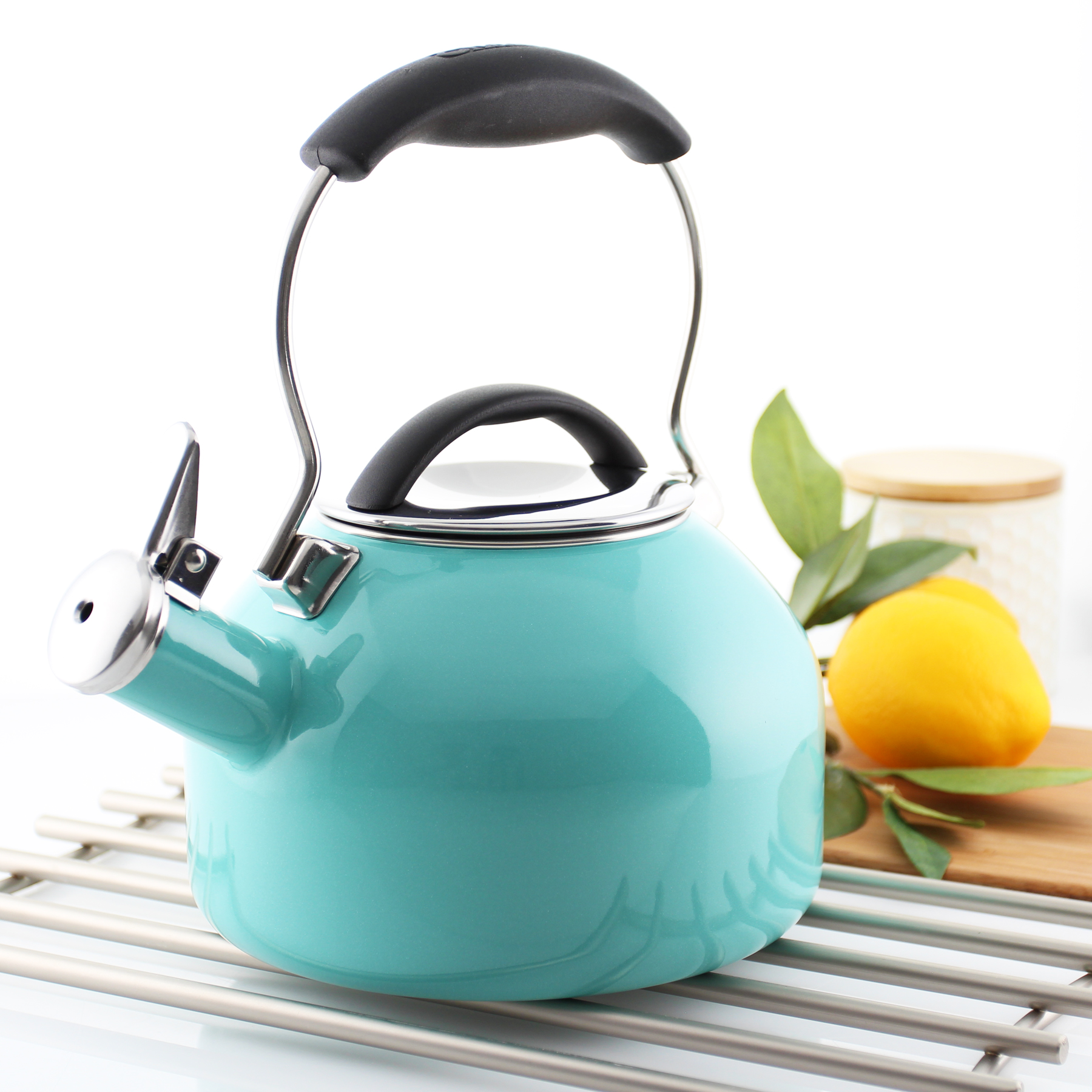 Oolong kettle from Chantal has an ergonomic stay-cool handle that fits comfortably in the hand for easy pouring