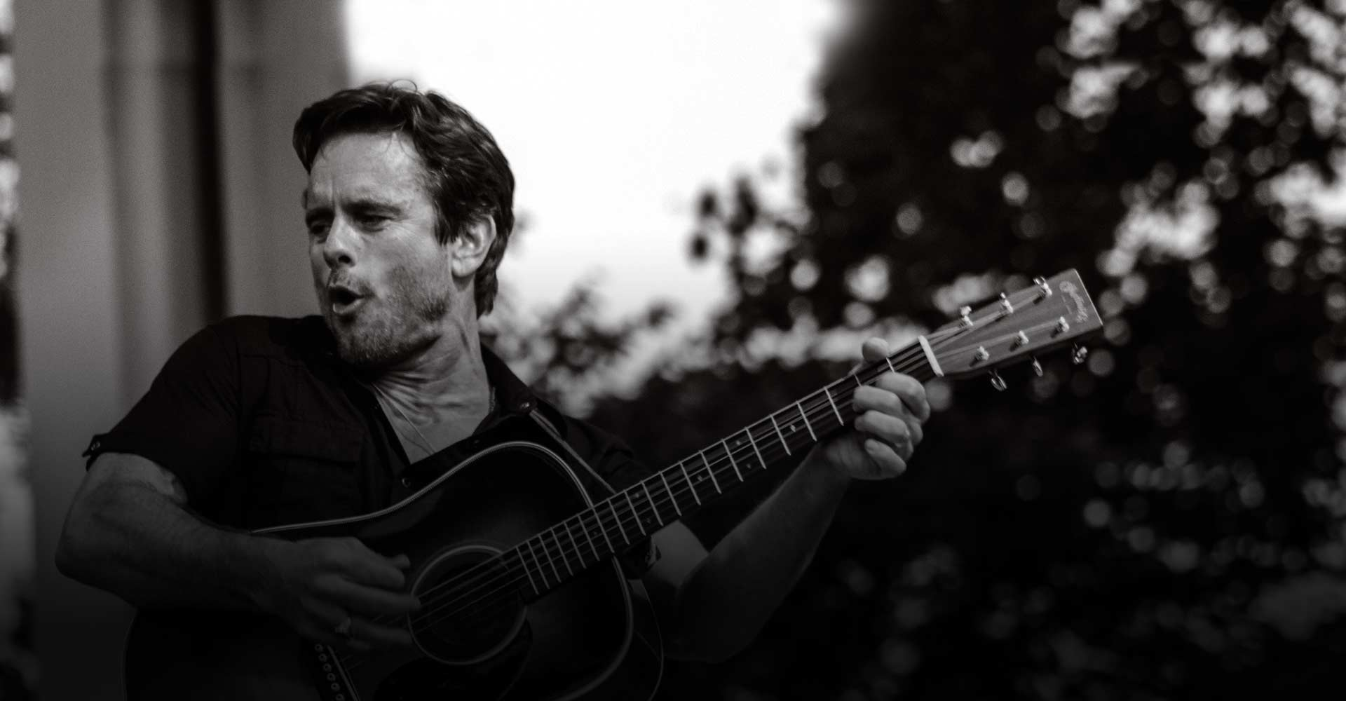 Official Charles Esten Website