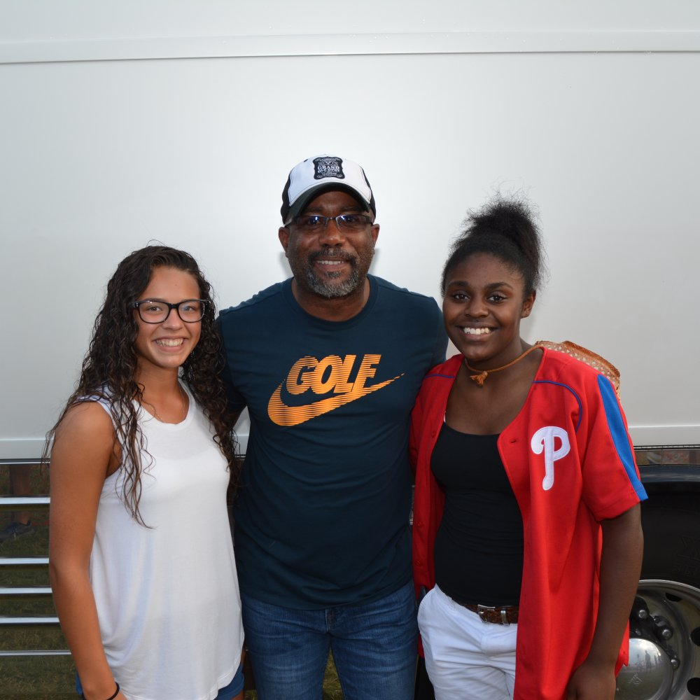 Meet greet photos darius rucker meet greet 07 23 2017 m4hsunfo