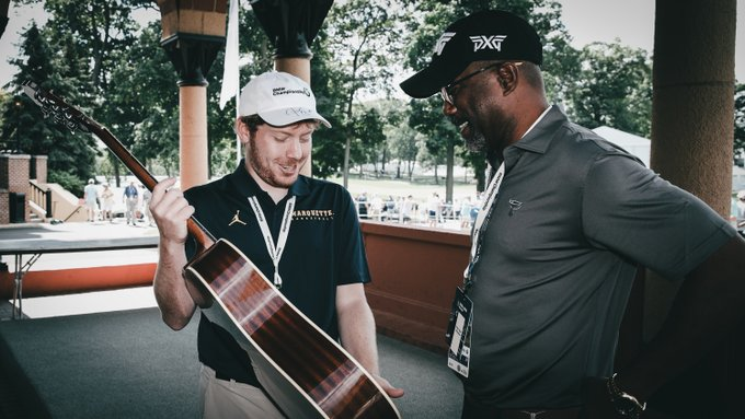 DARIUS SURPRISED EVANS SCHOLAR WITH MEET-AND-GREET & SIGNED GUITAR AT BMW CHAMPIONSHIP
