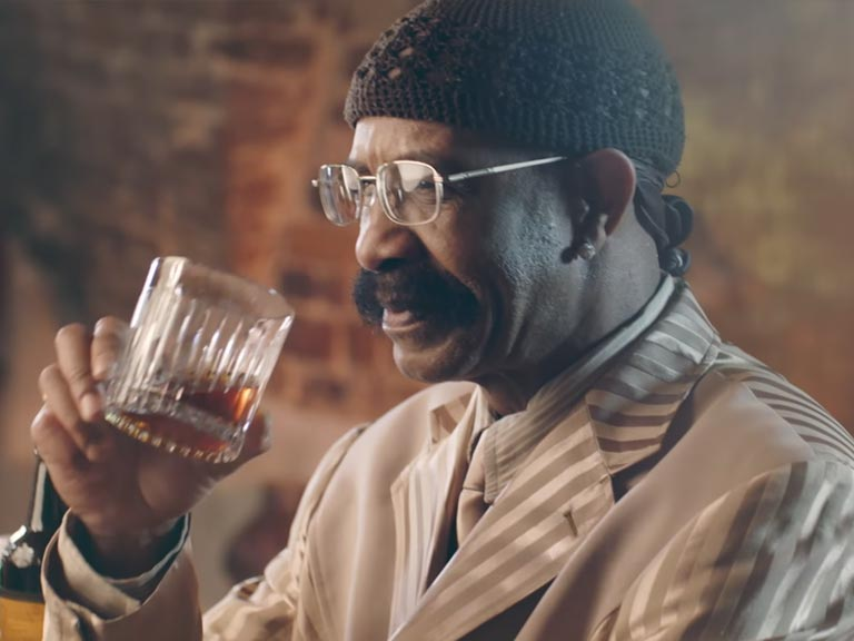 Drake's dad dropped a sexy music video — and the internet is digging it