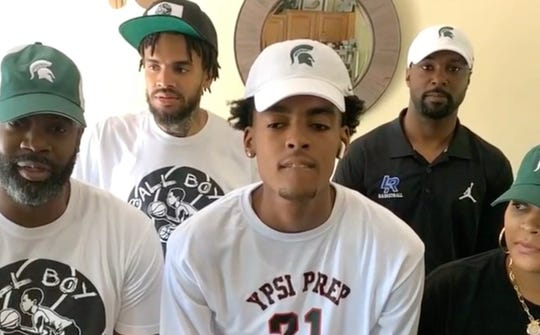 No. 1 high school basketball recruit Emoni Bates commits to Michigan State
