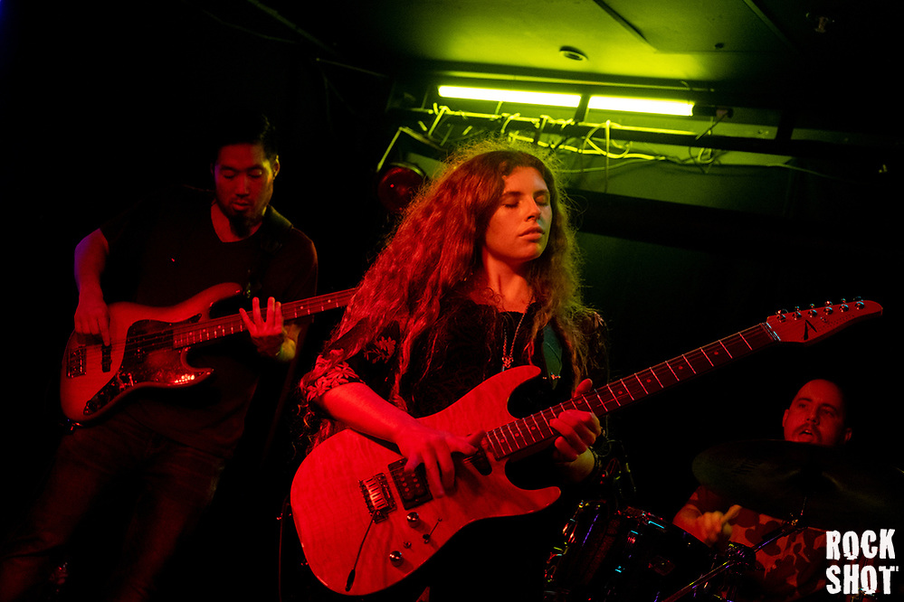 Hannah Wicklund & The Steppin' Stones: Lighting Up London