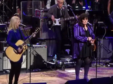 Ann Wilson & Nancy Wilson Perform Together: Watch - Best Classic Bands