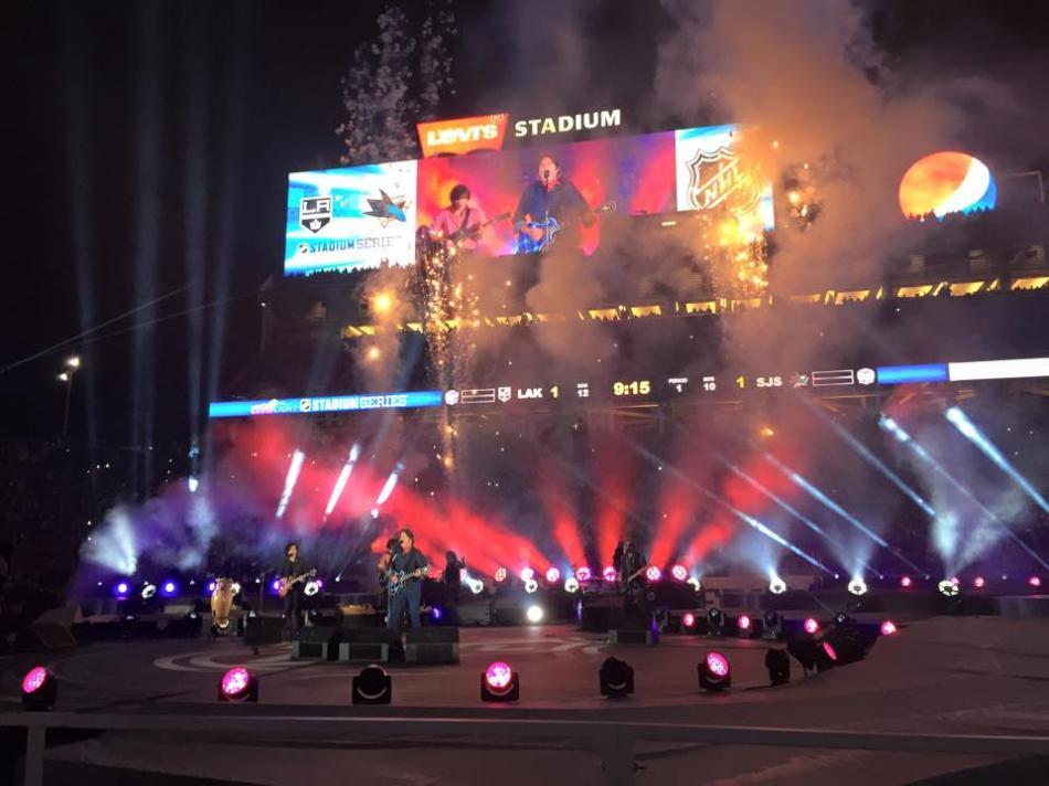 NHL Stadium Series: John Fogerty, Melissa Etheridge rock Levi's Stadium
